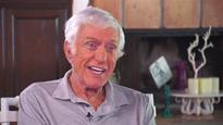 Watch Dick Van Dyke lead 'Mary Poppins' sing-along with fans