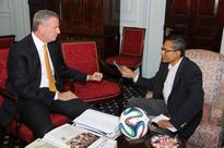 De Blasio Launches Program To Help Students Enroll In Colleges
