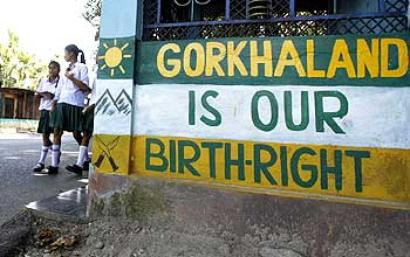 On 31st day of shutdown, Darjeeling tense but violence-free