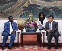 Senior CPC leader meets Senegalese guests