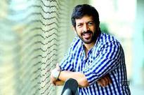 Kabir Khan reacts to being heckled at Karachi airport