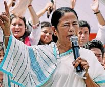 Mamata keeps her distance