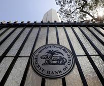 RBI keeps policy rate on hold, eyes inflation risk