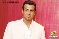 Ronit Roy turns 25 in the industry