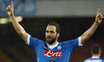 Juventus signs Argentina striker Higuain from Napoli