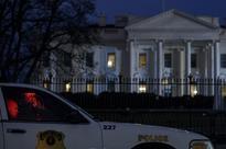 Secret Service Finally Adds No Guns Sign at White House