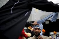 US lawmakers urge basketball federation to allow Sikhs to wear turbans during play