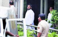 Amanatullah gets bail, Delhi court pulls up police