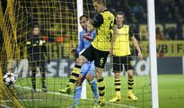 Dortmund back in the mix with 3-1 Napoli win