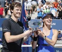US Open 2017: Martin Hingis and Jamie Murray win mixed doubles title for second Grand Slam together