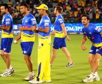 IPL: Chennai lock horns with Mumbai in high-voltage summit clash