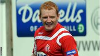 McNeill makes move to Cliftonville