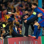 'You have got to be KIDDING me! Best game of football ever.' Twitter loses it's mind as Barcelona create history