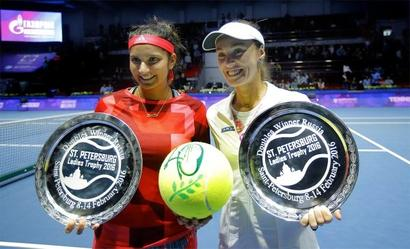 The streak continues! Mirza-Hingis win 40th match to lift St Petersburg title