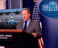 People are having the best reactions to Sean Spicer's first press conference