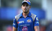 IPL 2017: MI pacer Tim Southee rushes for washroom break as teammates dissolve in laughter