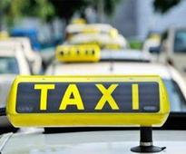 Havoc on Delhi roads: Taxi Unions on roads to protest SC ban on diesel