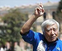 Japanese octogenarian Yuichiro Miura becomes oldest to scale Mount Everest