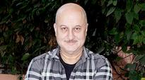Anupam Kher to play chef Hemant Oberoi in...