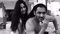 Check picture: Katrina Kaif just shared this COSY pic with Salman Khan and we CAN'T keep calm!