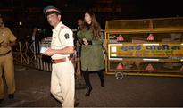 Deepika Padukone seeks blessings of Siddhivinayak before the release of xXx: Return Of Xander Cage (view HQ pics)