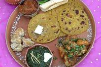 Mandals show the way, put excess food to better use