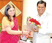 Maneka, Sonowal discuss nutrition issues
