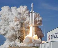 World's most powerful rocket Falcon Heavy launched