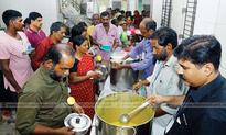 Vasudha- a noble effort to feed patients at Kozhikode Medical College