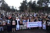Hundreds of Afghan protest at IS killings