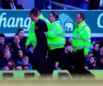 Frustrated fan aims abuse at Leon Osman and Roberto Martinez during Southampton draw