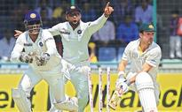 Spinners put hosts on top in 4th Test