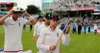 England complete Old Trafford rout to level Pakistan series