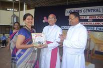 Mangaluru: Bishop visits Lourdes Central School