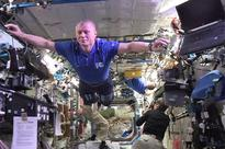 Astronauts pull off out-of-this-world Mannequin Challenge on International Space Station