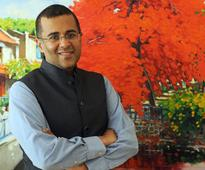 Half-Girlfriend plot: Chetan Bhagat accused of plagiarism by Bihar scholar