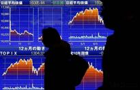 Asia stocks fall amidst bank concerns