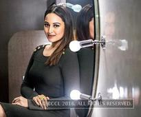Sonakshi: John Abraham and I are equals in 'Force 2'