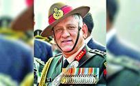 Maintain highest vigil on western borders: Army Chief