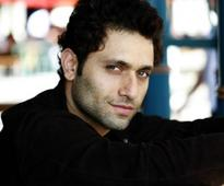 Shiney Ahuja Files A Case Against Great Grand Masti Makers For Naming A Maids Character After Him
