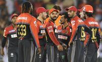 IPL 9: De Kock's 60 pulls Delhi to 138/8