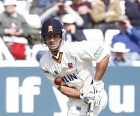 Ryan ten Doeschate and James Foster give Essex control against Northamptonshire