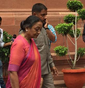 Meira Kumar arrives after UPA leaders.
