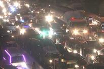 Karachi: Repairs cause severe traffic jam at Drigh road Shahrah-e-Faisal
