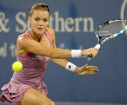Connecticut Open: Radwanska crushes Kvitova to ease into final