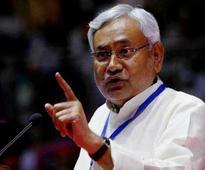 Paswan mocks possibility of Nitish becoming PM