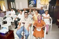 Old age homes in Mumbai screen films ahead of Independence Day