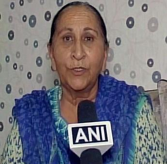 Govt should ensure Jadhav's death sentence not carried out: Sarabjit's sister