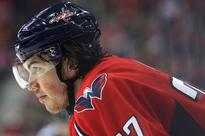T.J. Oshie's trip back to St. Louis is made sweeter by bringing his dad