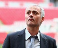 Mourinho 'wants assurances' before moving to Man United